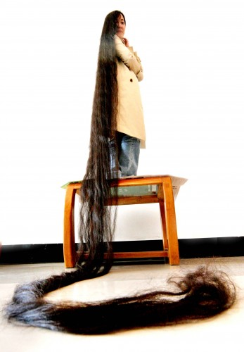 Super Long Hair Popular in China? picture