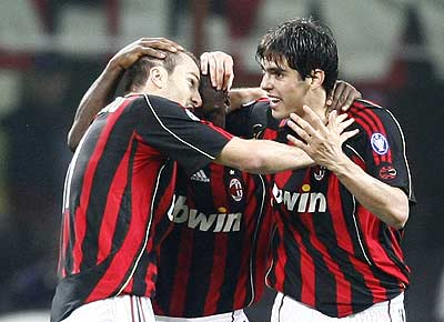 People S Daily Online Ac Milan Beats Manchester United 3 0