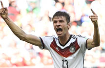 Mueller fires German 4-0 rout of Portugal