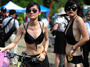 'Colorful race' of body-painted cycling enthusiasts in Hunan