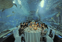 People enjoy delicacies in Tianjin undersea tunnel