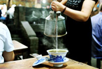 Teahouses in Chongqing: Worship to the leisure lifestyle