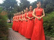 Who is the most beautiful one? University and College etiquette teams in Sichuan