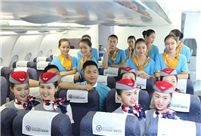 20 pairs of twins who will become flight attendants in Sichuan