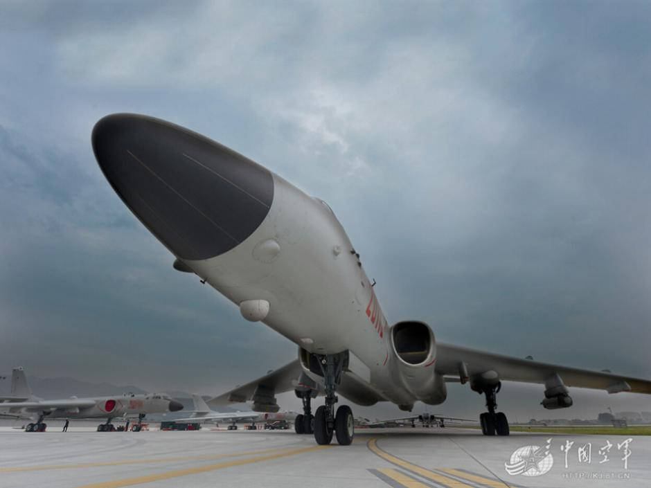 Awesome Chinese H-6k bombers