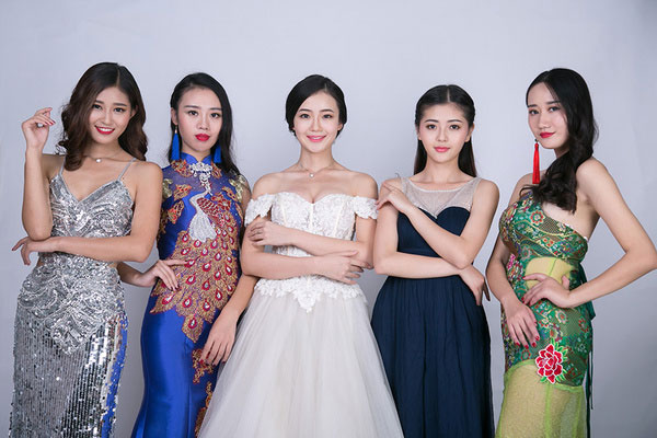 Contestants of the 44th Miss Intercontinental China final gather in Guiyang, help promote the World Crowdfunding Conference