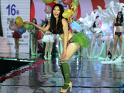 Chinese version of Victoria's Secret Show held in Hunan