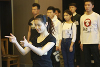 Candidates perform in 2nd examination at Beijing Film Academy