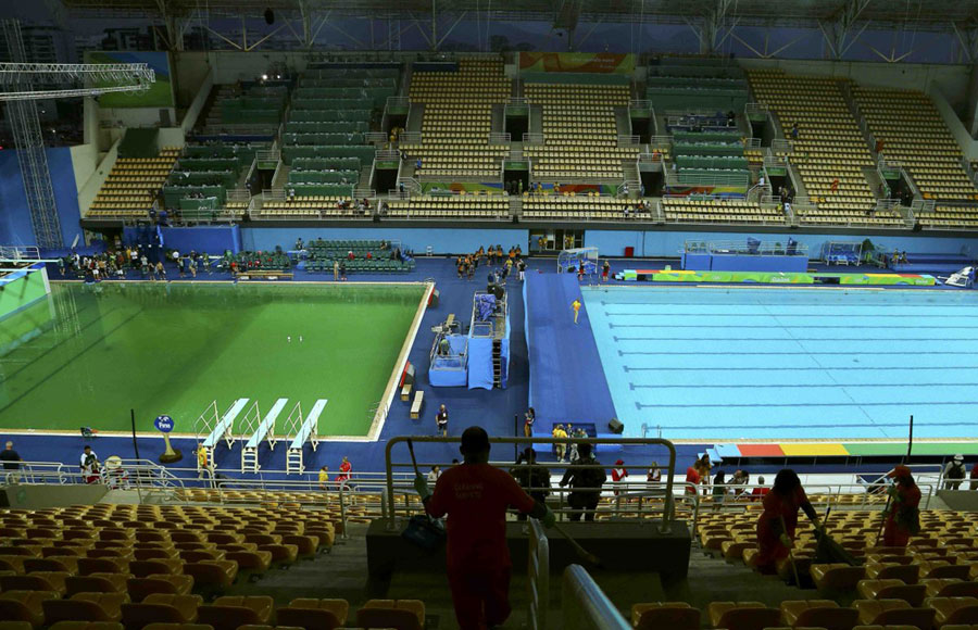 green water in rio olympic swimming pool draws suspicions peoples daily online - Olympic Swimming Pool 2016