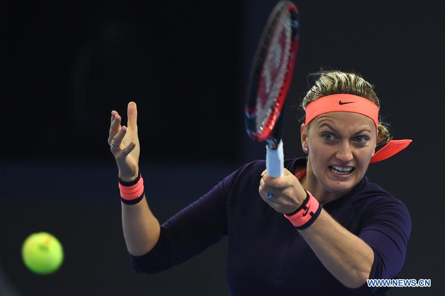 Kvitova beats Muguruza 2-0 at China Open
