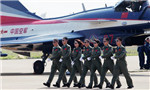 Female pilots endure hardship to serve in China's air force