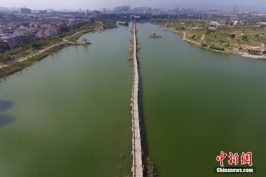 Anping Bridge: longest ancient stone bridge in China
