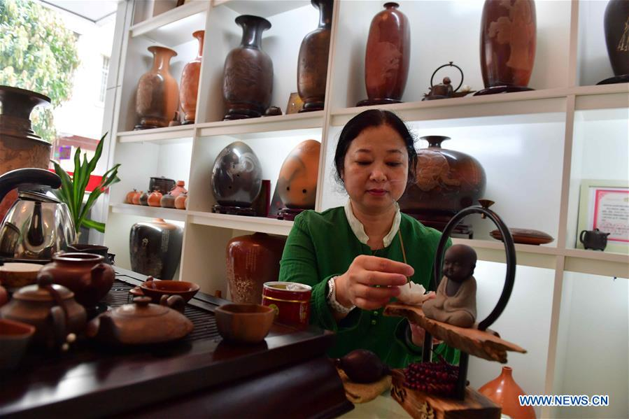 Nixing pottery: time-honored craft in S China's Guangxi