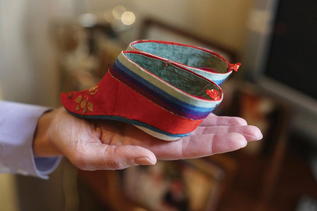 Internet Celebrity Under Fire For Supporting Foot Binding People S Daily Online