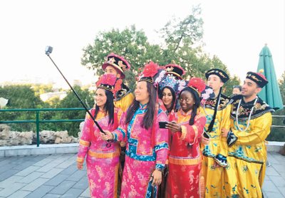 Five reasons why foreigners choose to stay in China - People's Daily