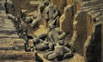 Conservators struggle to preserve true original colors of China's Terracotta Warriors
