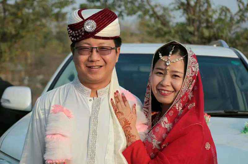 Chinese couple weds in traditional Pakistani style