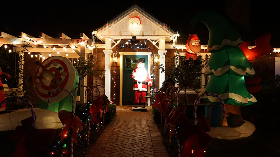 Sleepy Hollow Attracts Thousands During Holiday Season