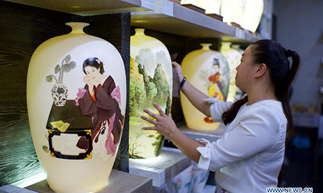 Dehua, famous ceramics base in SE China's Fujian