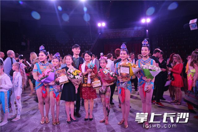 Hunan acrobatics win Golden Chestnut champion in Kiev, Ukraine