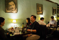 "One-star Michelin restaurant ""Cafe China"" in New York"