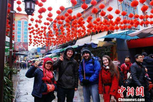 Off-season travels on the rise in China after tourism boom during Spring Festival