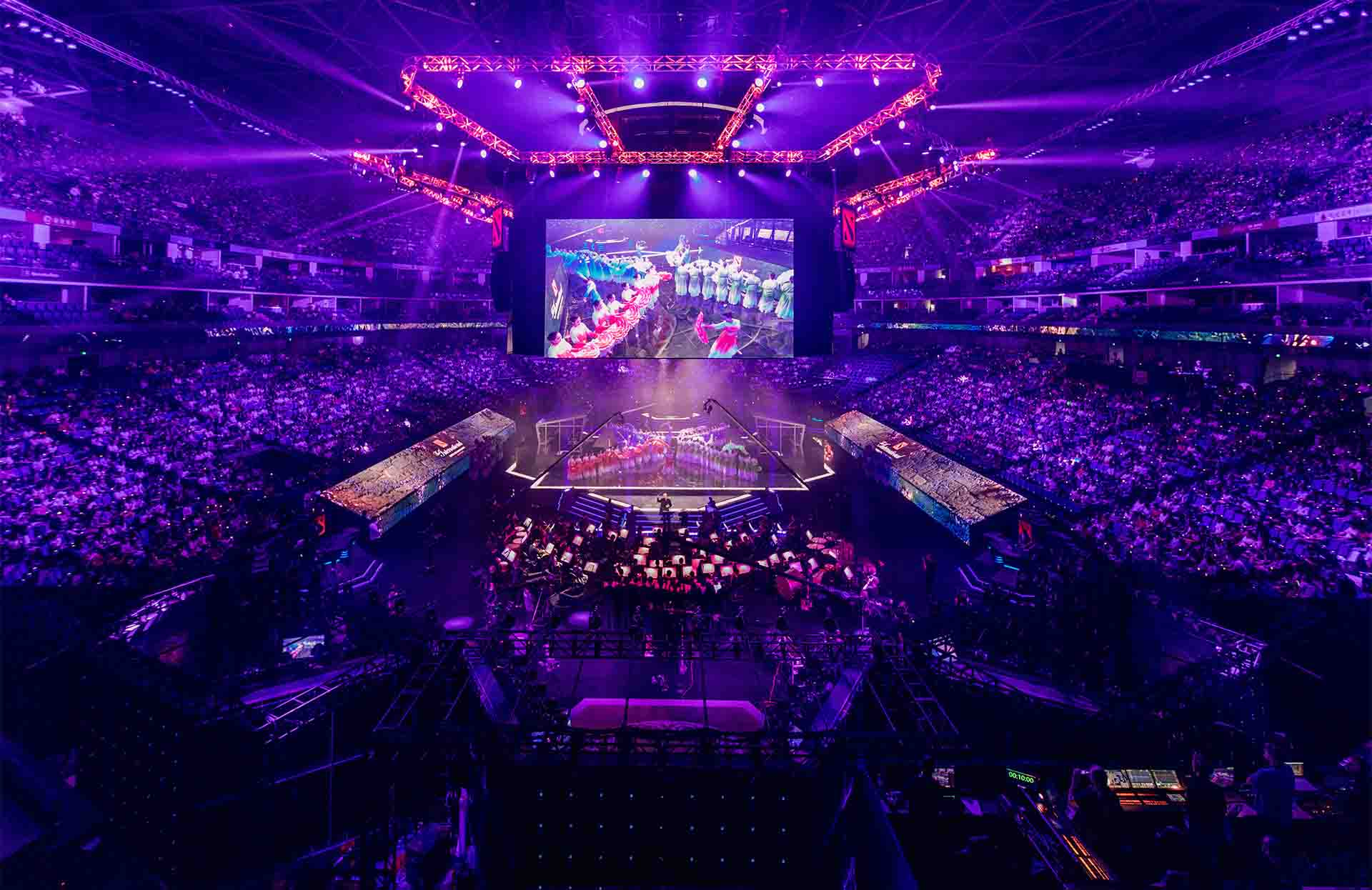 World's largest e-sports event underway in Shanghai with record-breaking prize pool
