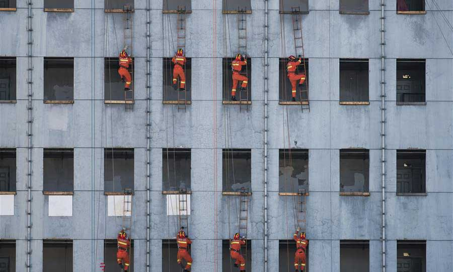 Fire drill held in Kunming, China's Yunnan