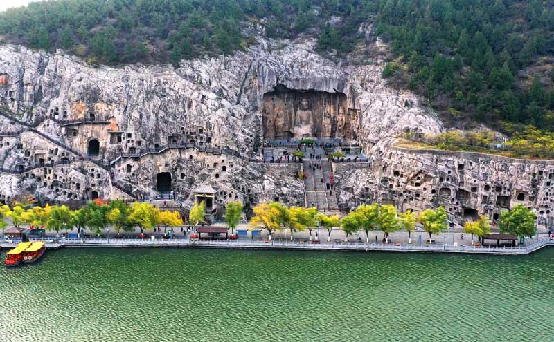 Longmen Grottoes: Home of the finest ancient Chinese Buddhist Art