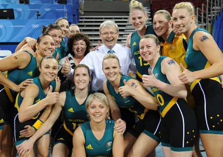 Australia eases past Belarus 83-64 in Olympic women\'s basketball opener