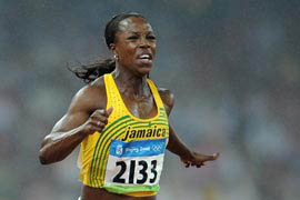 Jamaica\'s Campbell-Brown wins women\'s 200m gold