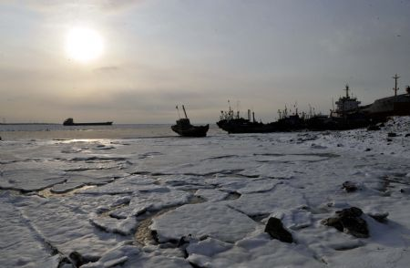 China issues alarm on fast developing sea ice off eastern coast