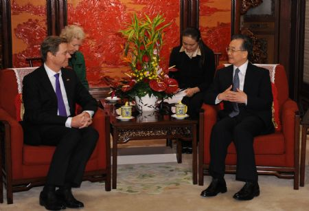 Chinese premier eyes stronger ties with Germany, welcomes investment