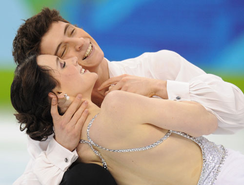 Canadian Virtue/Moir win ice dance Olympic gold