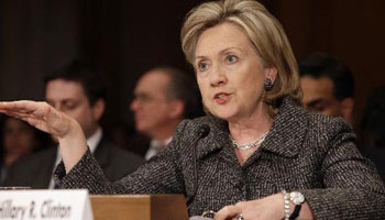 Clinton threatens to impose sanctions on Iran soon