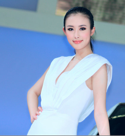 A Chinese model's sex videos spread quickly on Internet recently.