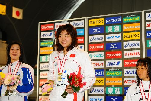 Gao Chang wins at women's 50m backstroke