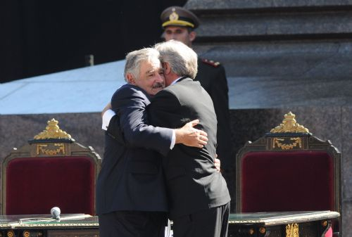 Uruguay's new president promises policy continuity