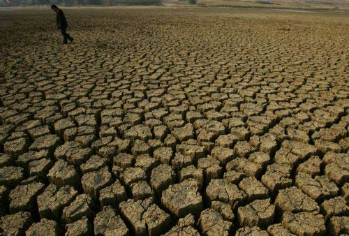 Continual drought hits SW China's Yunnan Province