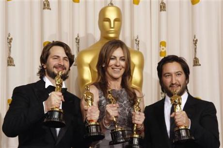 "Why Oscar Chose ""Hurt Locker"" over ""Avatar"""