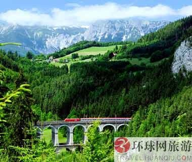 World's 10 most scenic railways