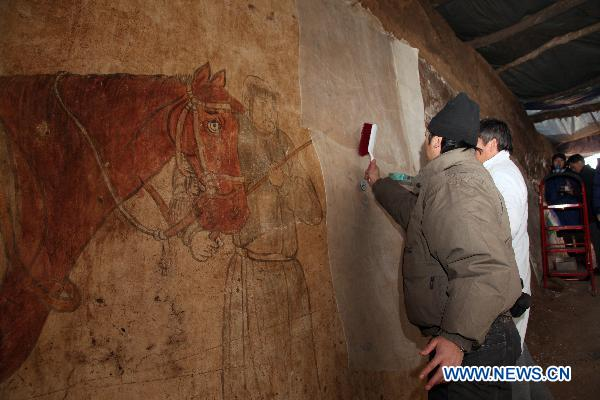 Tomb of Liao Dynasty excavated in NE China