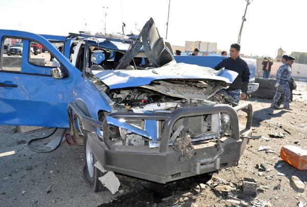 9 killed, 40 wounded in twin suicide bombings in western Iraq