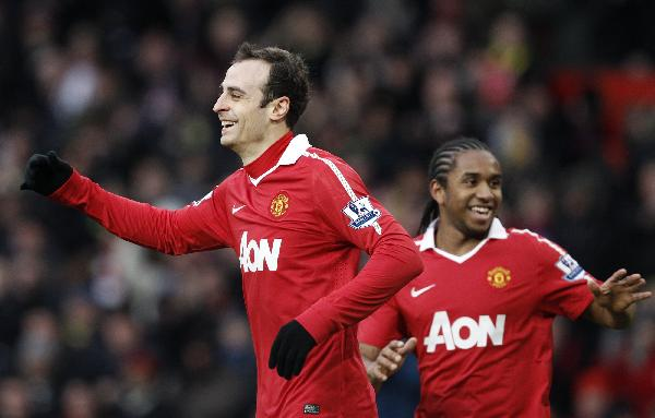 Man. United stride to lead after win over Sunderland