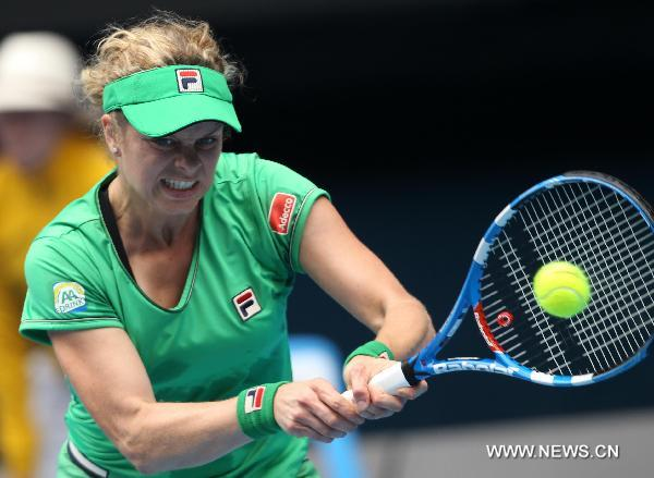Clijsters beats Radwanska to enter Australian Open semifinal