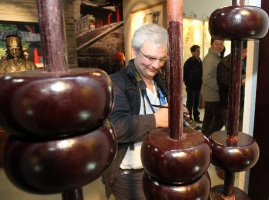 Tourists visit China Abacuses Museum in Nantong