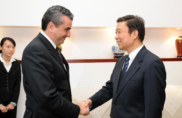 Senior CPC official meets Costa Rica guest