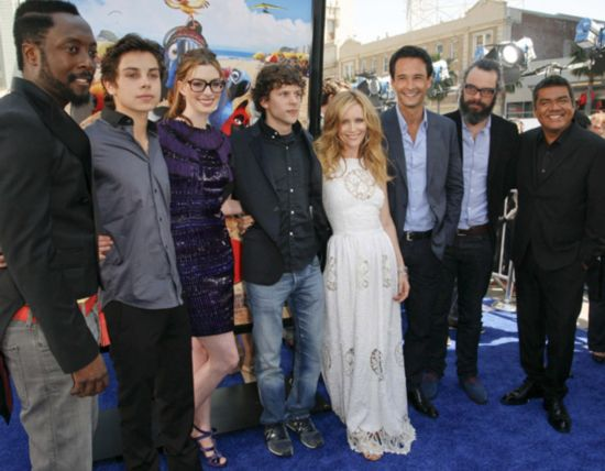 Cast members promote 'Rio' in Hollywood