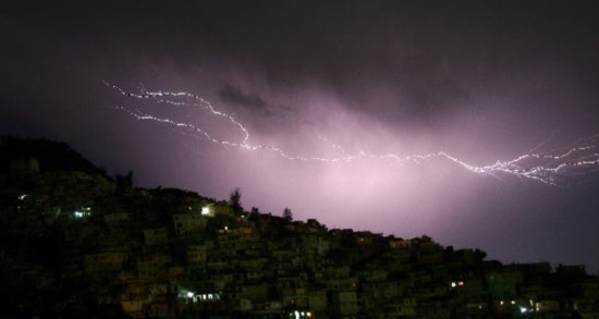 Stunning lightning splits night sky over Port-Au-Prince