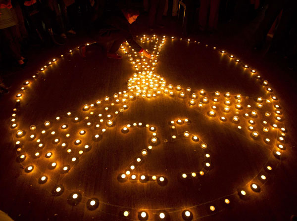 Candles lit for Chernobyl after 25 years